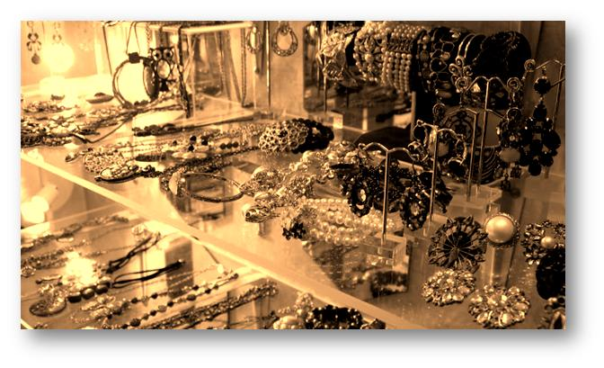 Packing and Moving Jewelry Safely